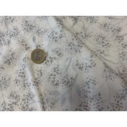 Tissu japonais kaufmann fleurs discrètes argent et blanc sylverstone