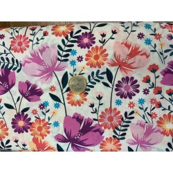 Tissu POPELINE Imprimée Fleurs roses mauves fond blanc