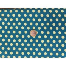 Tissus Kaffe Fasset motifs pois jaunes sur fond bleu canard